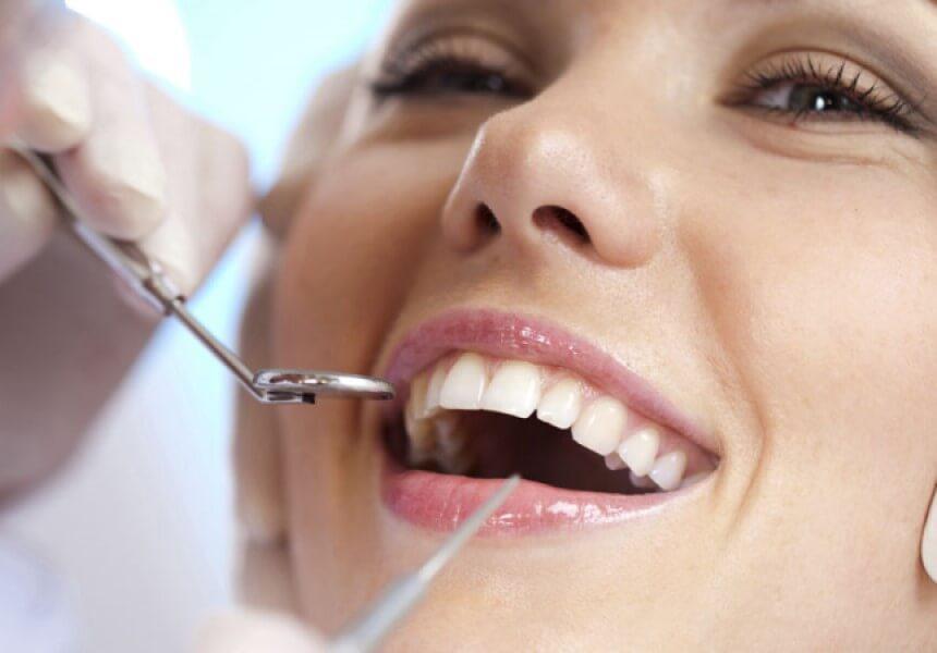 qué es una limpieza dental